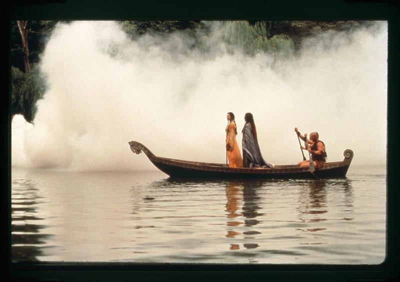 Die nebel von avalon film auf dvd ausleihen bei for Die nebel von avalon